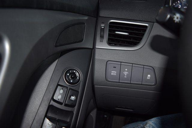 2016 Hyundai Elantra SE Richmond Hill, New York 28