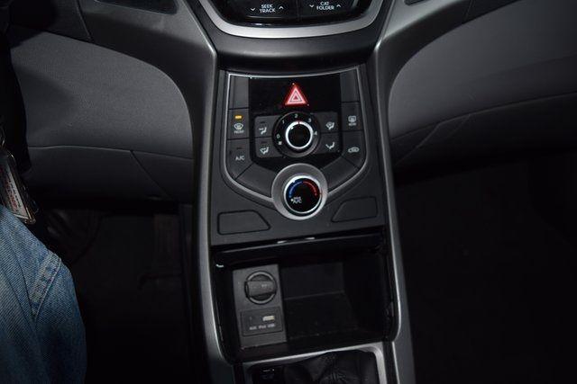 2016 Hyundai Elantra SE Richmond Hill, New York 30