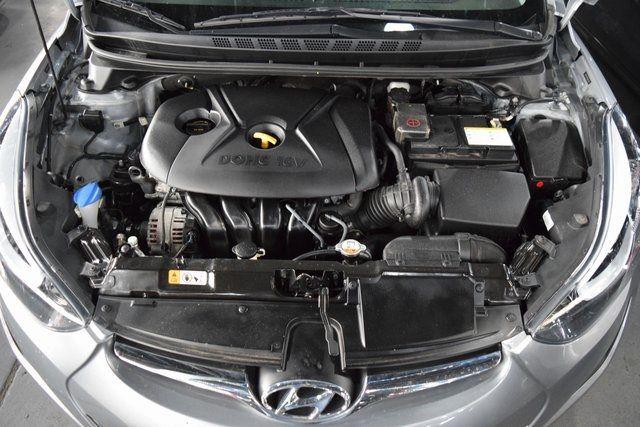 2016 Hyundai Elantra SE Richmond Hill, New York 4