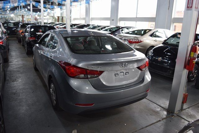 2016 Hyundai Elantra SE Richmond Hill, New York 7