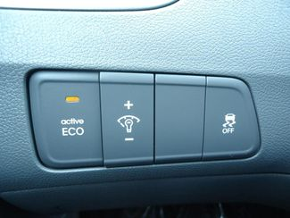 2016 Hyundai Elantra SE CAMERA. ALLOY. FOG LIGHTS SEFFNER, Florida 24