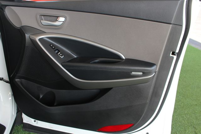 2016 Hyundai Santa Fe Sport FWD - ONE OWNER! Mooresville , NC 40