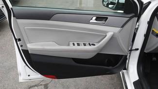 2016 Hyundai Sonata Hybrid SE East Haven, CT 12