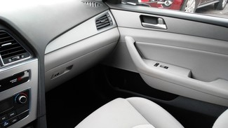 2016 Hyundai Sonata Hybrid SE East Haven, CT 24