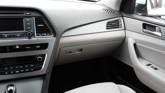 2016 Hyundai Sonata Hybrid SE East Haven, CT 9