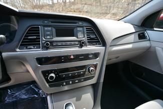 2016 Hyundai Sonata 2.4L SE Naugatuck, Connecticut 21