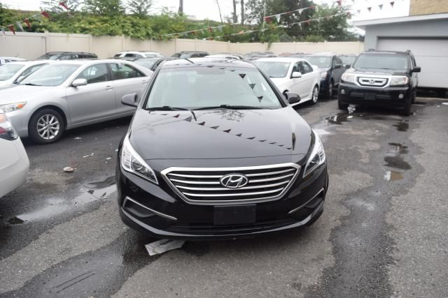 2016 Hyundai Sonata 2.4L Richmond Hill, New York 2