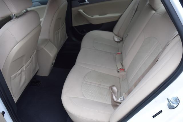 2016 Hyundai Sonata 2.4L SE Richmond Hill, New York 6