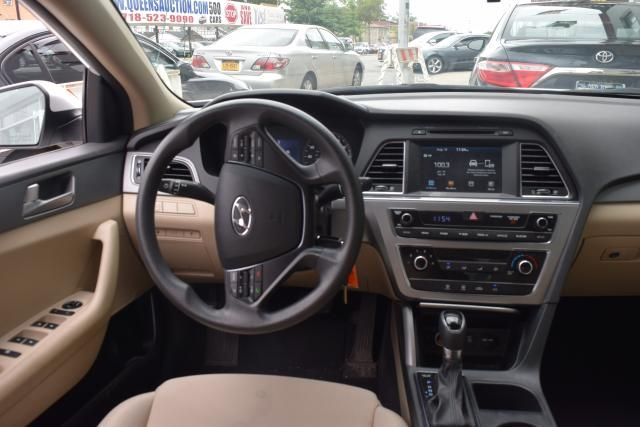 2016 Hyundai Sonata 2.4L SE Richmond Hill, New York 7