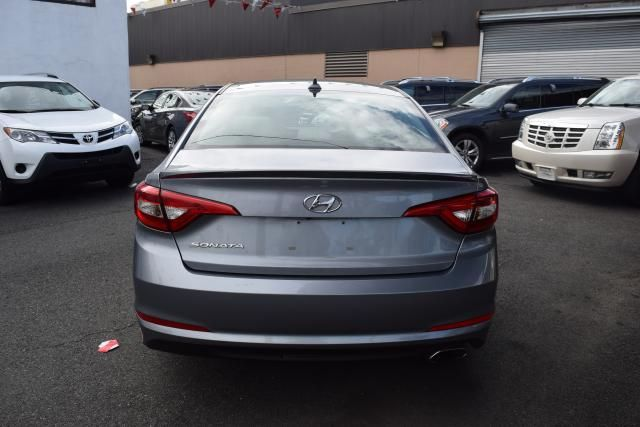 2016 Hyundai Sonata 2.4L Richmond Hill, New York 4