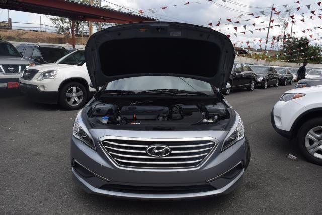 2016 Hyundai Sonata 2.4L Richmond Hill, New York 3