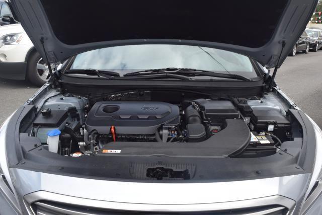 2016 Hyundai Sonata 2.4L Richmond Hill, New York 4