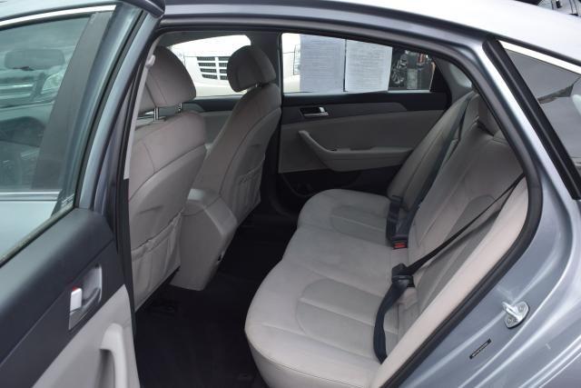 2016 Hyundai Sonata 2.4L Richmond Hill, New York 9