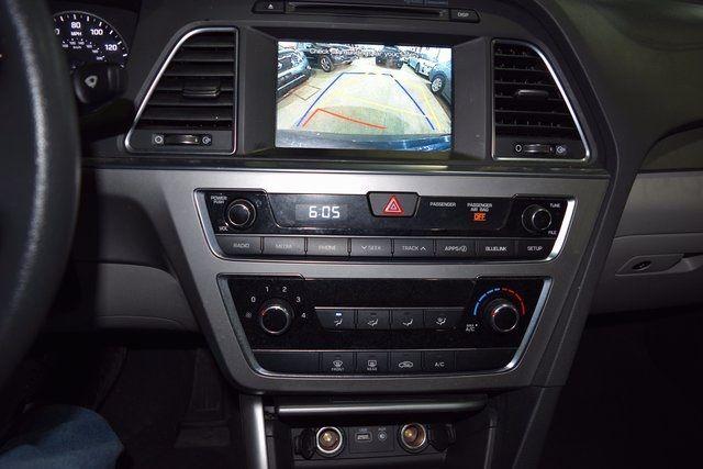 2016 Hyundai Sonata 2.4L SE Richmond Hill, New York 13