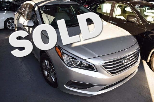 2016 Hyundai Sonata 2.4L SE Richmond Hill, New York 0