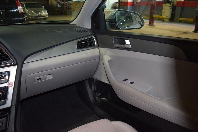 2016 Hyundai Sonata 2.4L SE Richmond Hill, New York 15