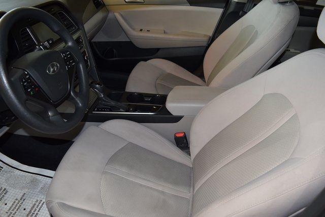 2016 Hyundai Sonata 2.4L SE Richmond Hill, New York 19