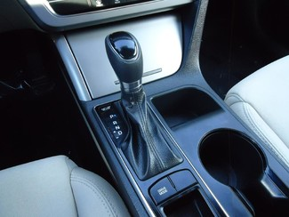 2016 Hyundai Sonata SE. CAMERA. SPOILER. ALLOY. PANDORA. WIFI. XM SEFFNER, Florida 19
