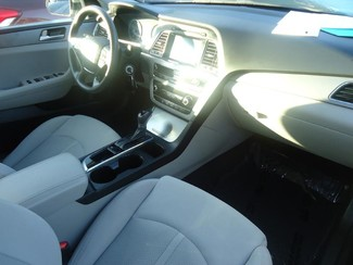 2016 Hyundai Sonata  SE. CAMERA. SPOILER. ALLOY. PANDORA. WIFI. XM SEFFNER, Florida 6