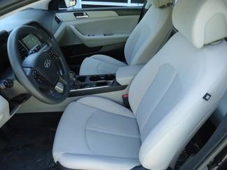 2016 Hyundai Sonata SE. CAMERA. SPOILER. ALLOY. PANDORA. WIFI. XM Tampa, Florida 13