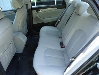 2016 Hyundai Sonata SE. CAMERA. SPOILER. ALLOY. PANDORA. WIFI. XM Tampa, Florida 14
