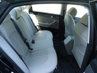 2016 Hyundai Sonata SE. CAMERA. SPOILER. ALLOY. PANDORA. WIFI. XM Tampa, Florida 15