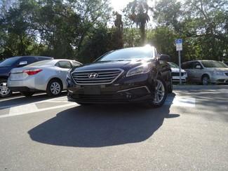 2016 Hyundai Sonata SE. CAMERA. SPOILER. ALLOY. PANDORA. WIFI. XM Tampa, Florida 19