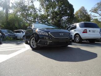 2016 Hyundai Sonata SE. CAMERA. SPOILER. ALLOY. PANDORA. WIFI. XM Tampa, Florida 21