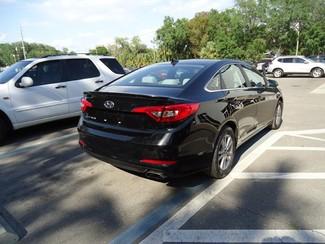 2016 Hyundai Sonata SE. CAMERA. SPOILER. ALLOY. PANDORA. WIFI. XM Tampa, Florida 23