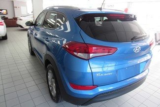 2016 Hyundai Tucson SE AWD  W/ BACK UP CAM Chicago, Illinois 8
