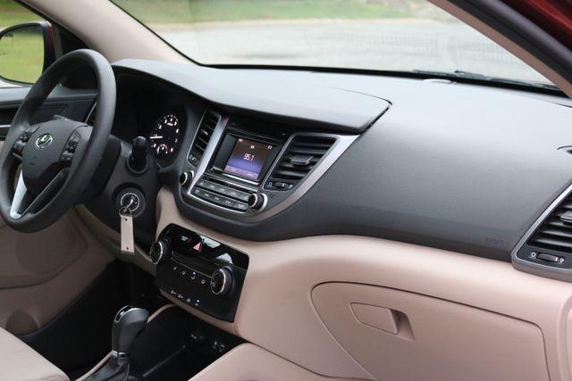 2016 Hyundai Tucson SE Mooresville, North Carolina 18