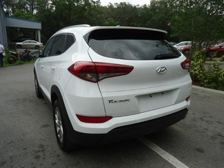 2016 Hyundai Tucson SE SEFFNER, Florida 9