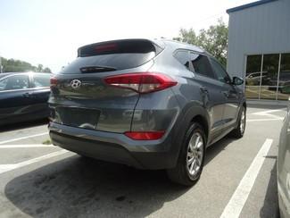 2016 Hyundai Tucson SE. BACK UP CAMERA. ALLOY. PWR SEAT SEFFNER, Florida 15