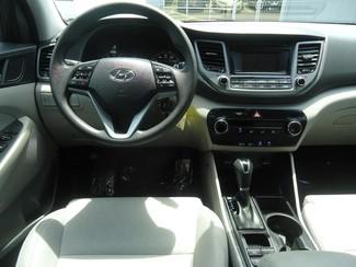 2016 Hyundai Tucson SE. BACK UP CAMERA. ALLOY. PWR SEAT SEFFNER, Florida 20
