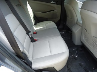 2016 Hyundai Tucson SE. BACK UP CAMERA. ALLOY. PWR SEAT SEFFNER, Florida 26