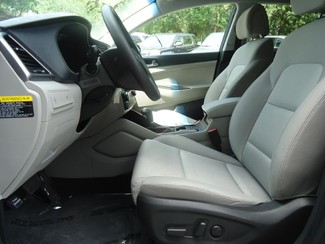 2016 Hyundai Tucson SE. BACK UP CAMERA. ALLOY. PWR SEAT SEFFNER, Florida 27