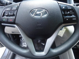 2016 Hyundai Tucson SE. BACK UP CAMERA. ALLOY. PWR SEAT SEFFNER, Florida 30