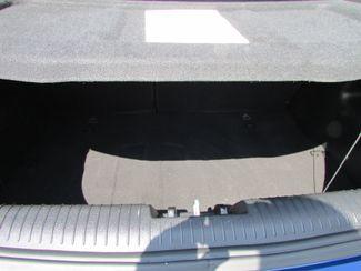2016 Hyundai Veloster BASE Fremont, Ohio 11