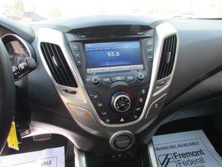 2016 Hyundai Veloster BASE Fremont, Ohio 8