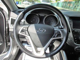 2016 Hyundai Veloster Miami, Florida 12