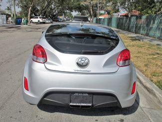 2016 Hyundai Veloster Miami, Florida 3