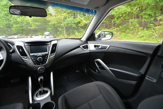 2016 Hyundai Veloster Naugatuck, Connecticut 15