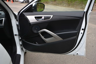 2016 Hyundai Veloster Naugatuck, Connecticut 9
