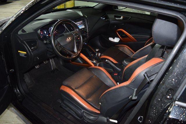 2016 Hyundai Veloster Turbo Richmond Hill, New York 4