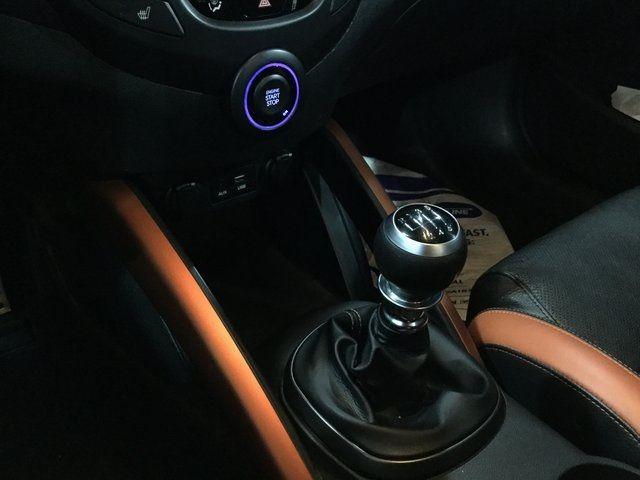 2016 Hyundai Veloster Turbo Richmond Hill, New York 5