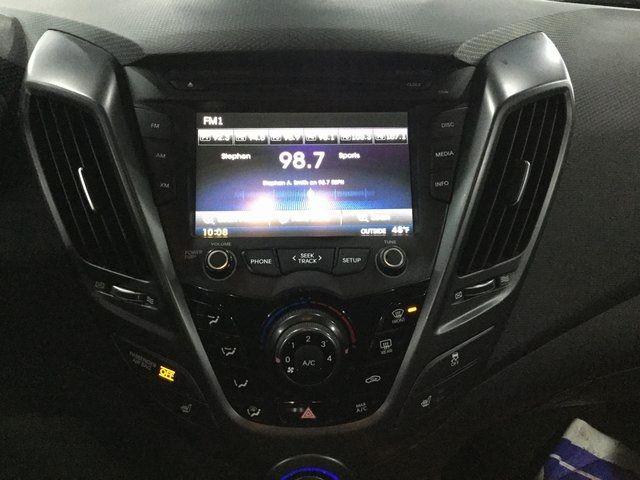 2016 Hyundai Veloster Turbo Richmond Hill, New York 9