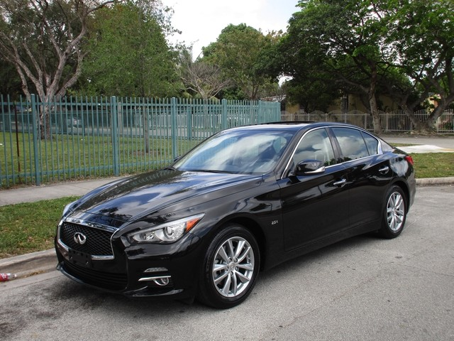 2016 INFINITI Q50 20t Premium Come and visit us at oceanautosalescom for our expanded inventory