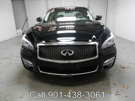 2016 Infiniti Q70 LEATHER SUNROOF & NAVIGATION in Memphis, Tennessee