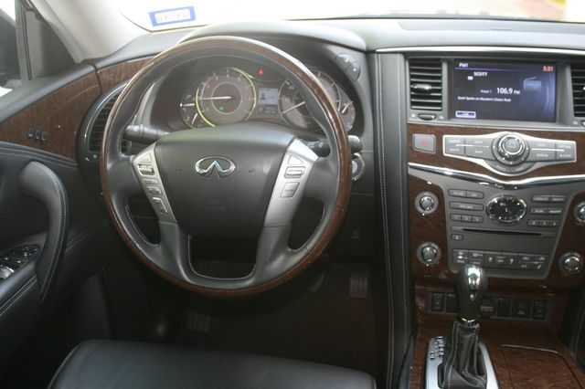 2016 Infiniti QX80 Houston, Texas 8