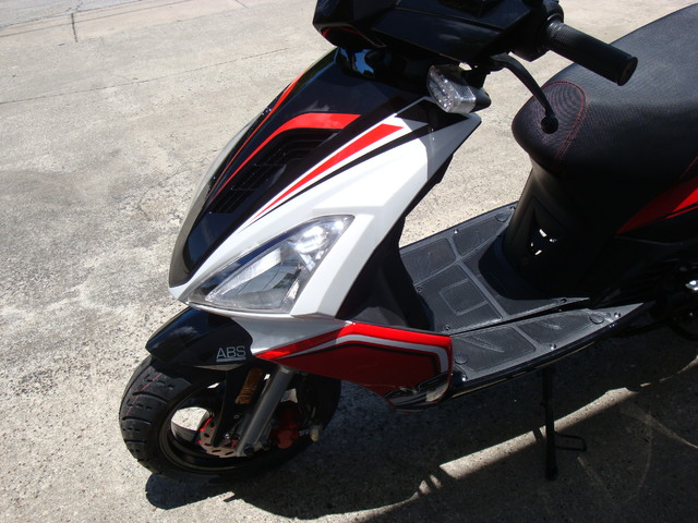 2016 Italica A9    150cc scooter Daytona Beach, FL 7